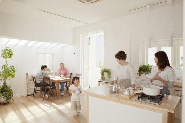 窓ガラスコーティングの遮熱効果とは?室内に熱がこもらないコーティングの利点を解説サムネイル